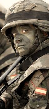 Mujer Militar, Desde dentro…